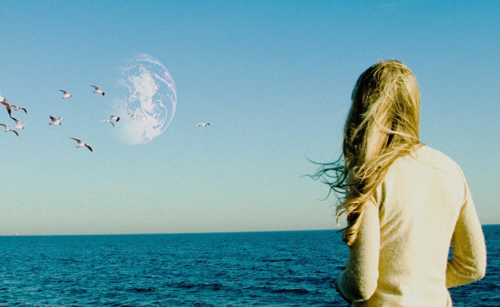 another-earth-12-10-2011-5-g